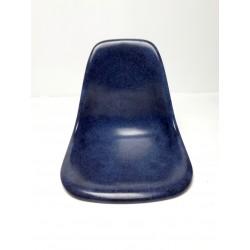 Eames kuipje glasvezel, donkerblauw