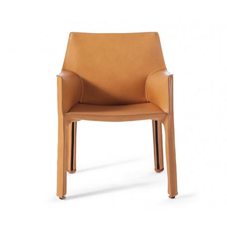 Cassina CAB 413 stoel